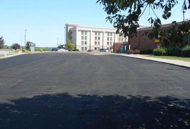 resurfaced applebees parking lot