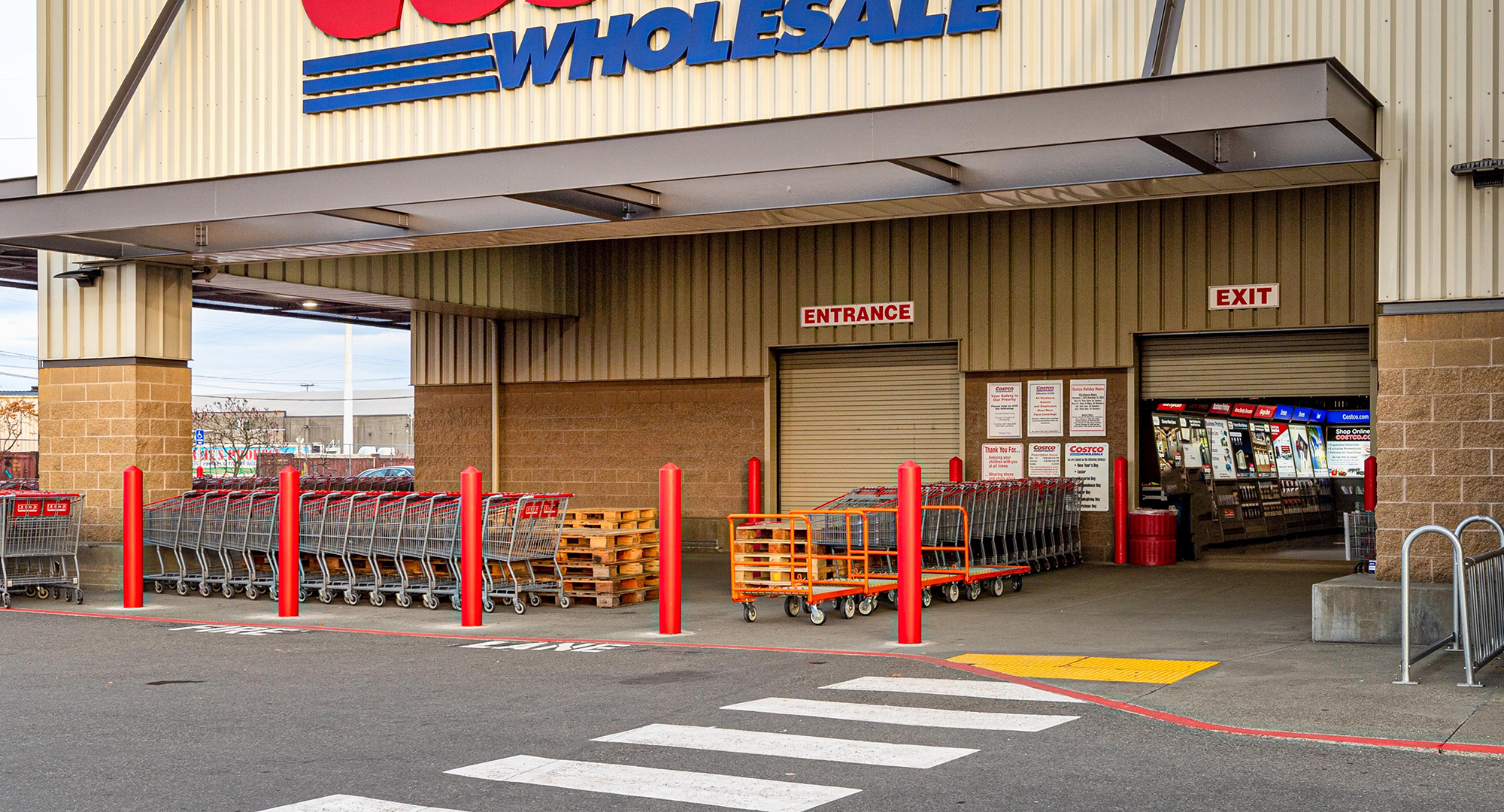 exterior view of Costco entrance with fresh parking lines